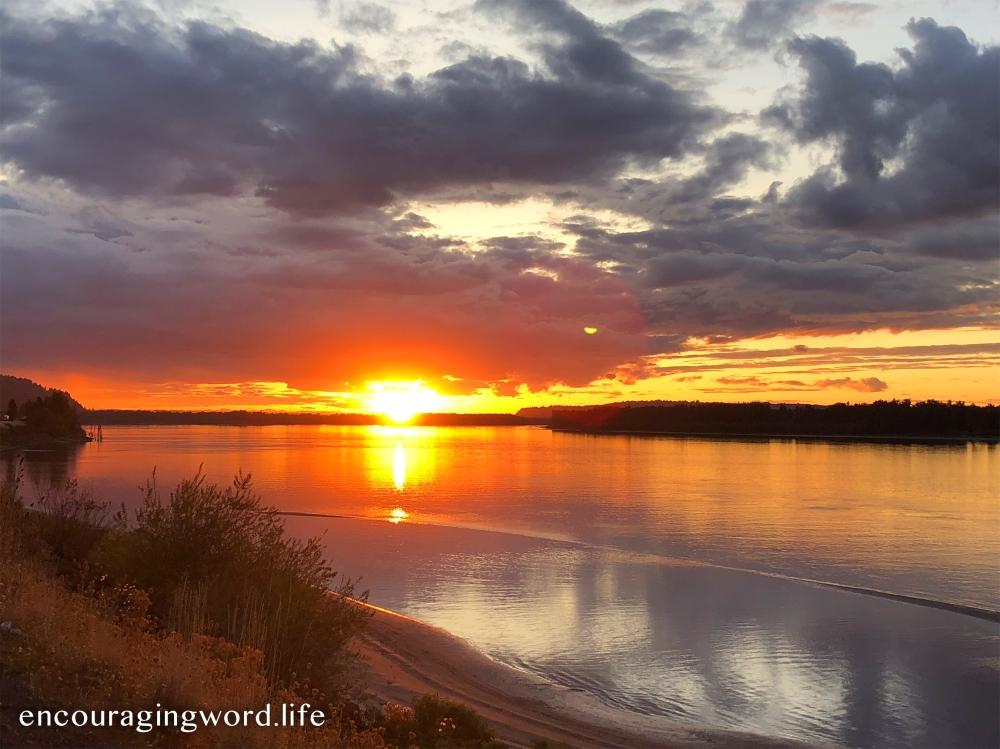 Encouraging_Sunset.jpg